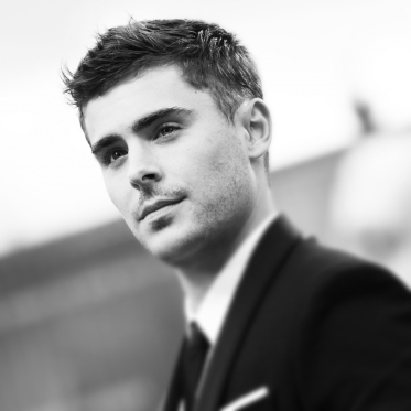 VENICE, ITALY - AUGUST 31: (EDITORS NOTE: Image was processed using Instagram) Zac Efron attends the 'At Any Price' premiere during the 69th Venice Film Festival at the Palazzo del Cinema on August 31, 2012 in Venice, Italy. (Photo by Vittorio Zunino Celotto/Getty Images)