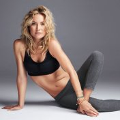 kate-hudson-workout-700x700_0