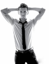 5320807-ryan-kwanten-wallpapers